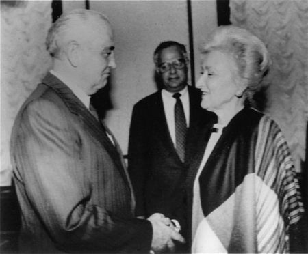Oct. 1991: Shoshana Cardin, chair of the U.S.-based NCSJ, shakes hands with Soviet President Mikhail Gorbachev at the Kremlin.