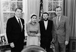 May 1981: Refuseniks Anatoly Shcharansky and Yosef Mendelevich meet with President Ronald Reagan and Vice-President George H.W. Bush (photo: Bill Fitzgerald, White House)